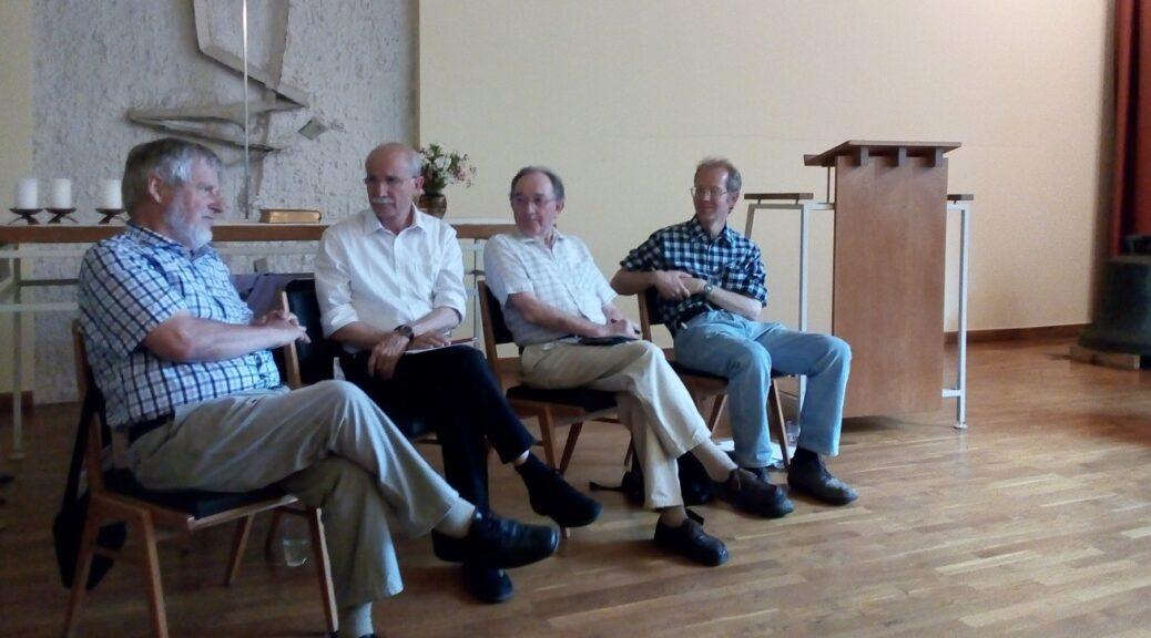 Joachim Briesemann  (2. Person von rechts) bei einer seiner letzten Veranstaltungen in der Heilig-Kreuz-Gemeinde im Juni 2018